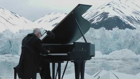 pianistinthearctic